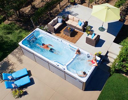zeitlos elegante whirlpools von hotspring austria. Black Bedroom Furniture Sets. Home Design Ideas